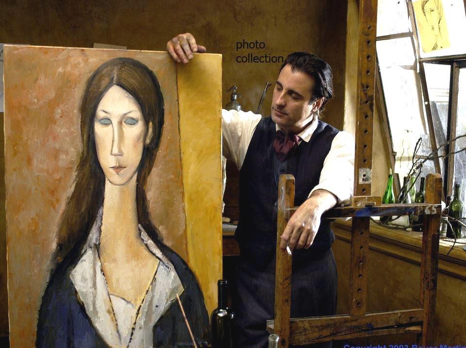 Анди Гарсия в ролята на Модилиани, пред един от портретите на Жан, нарисуван от гения.
