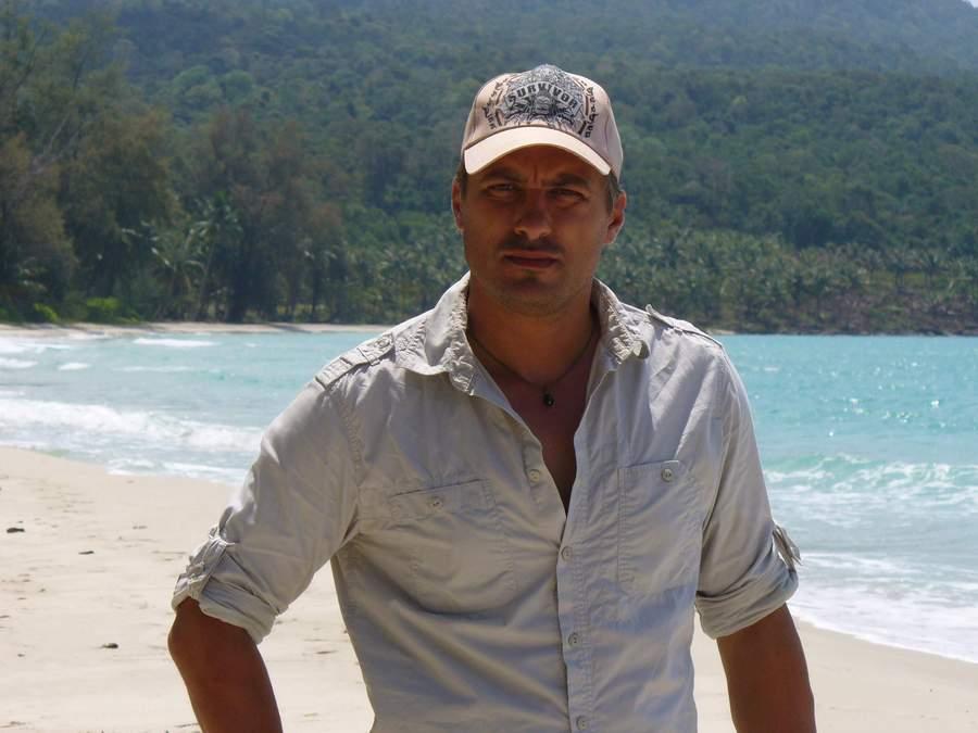 VladoKaramazov-survivor Cambodia 2-2