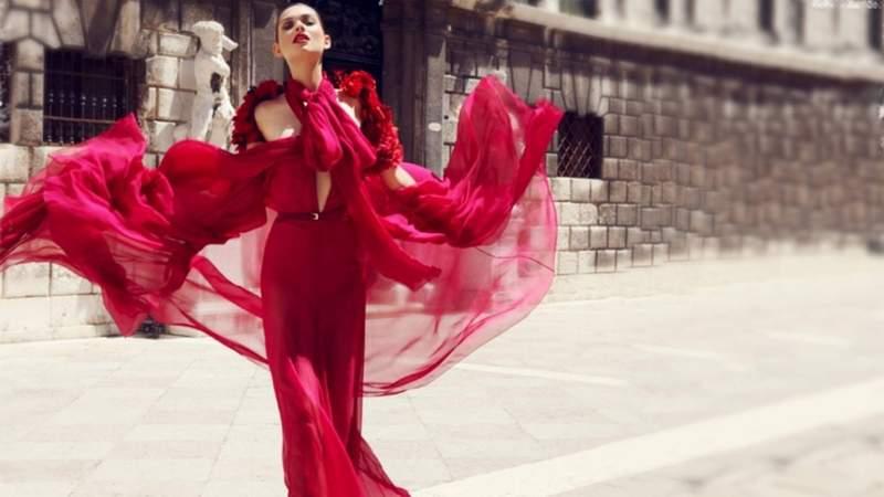 red-dress-galliano2