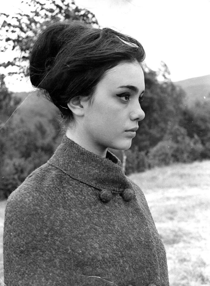 Снимката на Бранимира Антонова, прославила българската красота по света, е правена през есента на 1967 г. Сн. Личен архив.