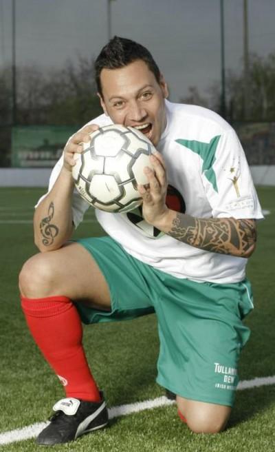 Като футболист в любителския отбор Sofia Nomads.