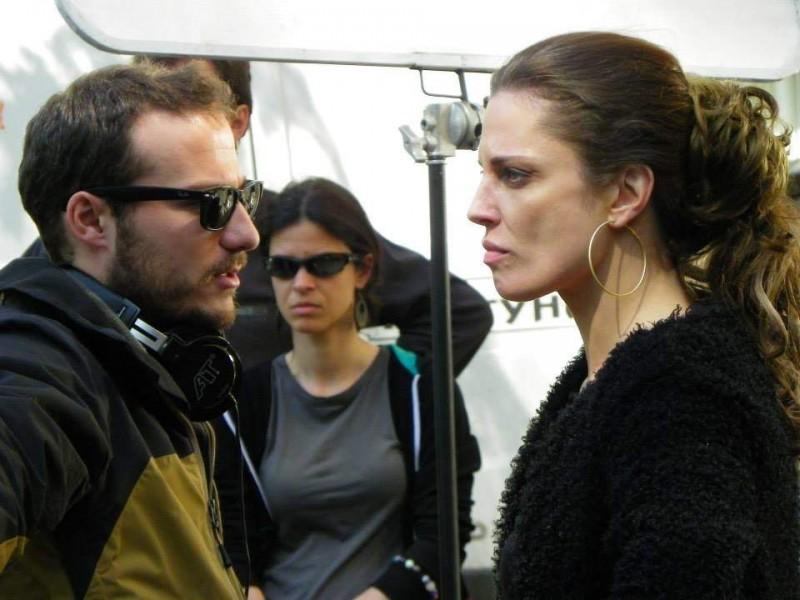"""С режисьора Митко Димитров по време на снимки на филма """"Събирач на трупове""""."""