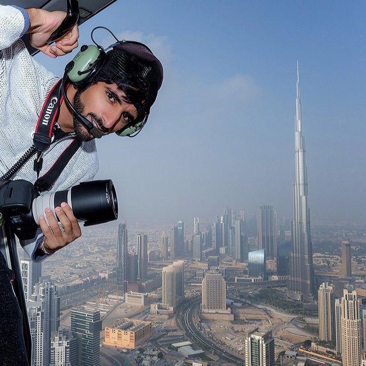 Хамдан не само снима добре, но и дава съвети на начинаещите фотографи в интернет.