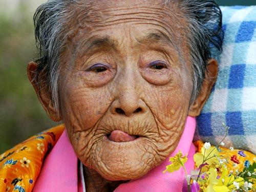 Японката Оши Окушима, на 101. Страната е на първо място в света по брой на дълголетници.