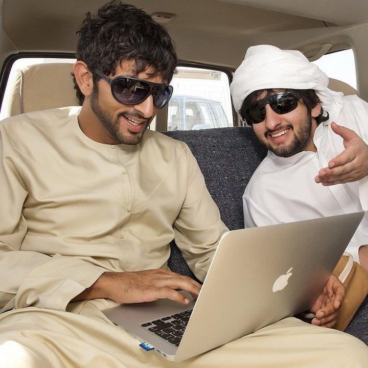 За личния му живот и отношенията с жени в ОАЕ се говори само шепнешком.