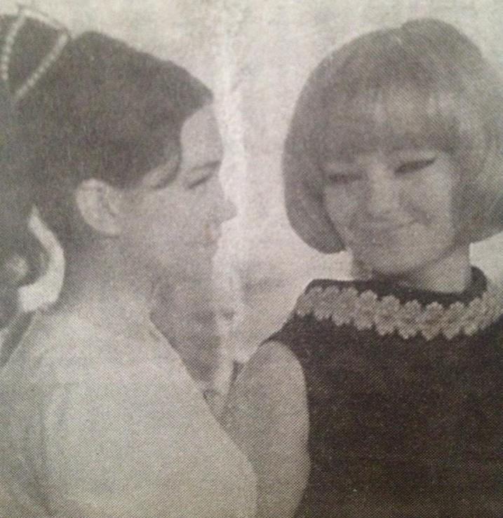 """С Невена Коканова вдясно) във филма """"Танго""""."""
