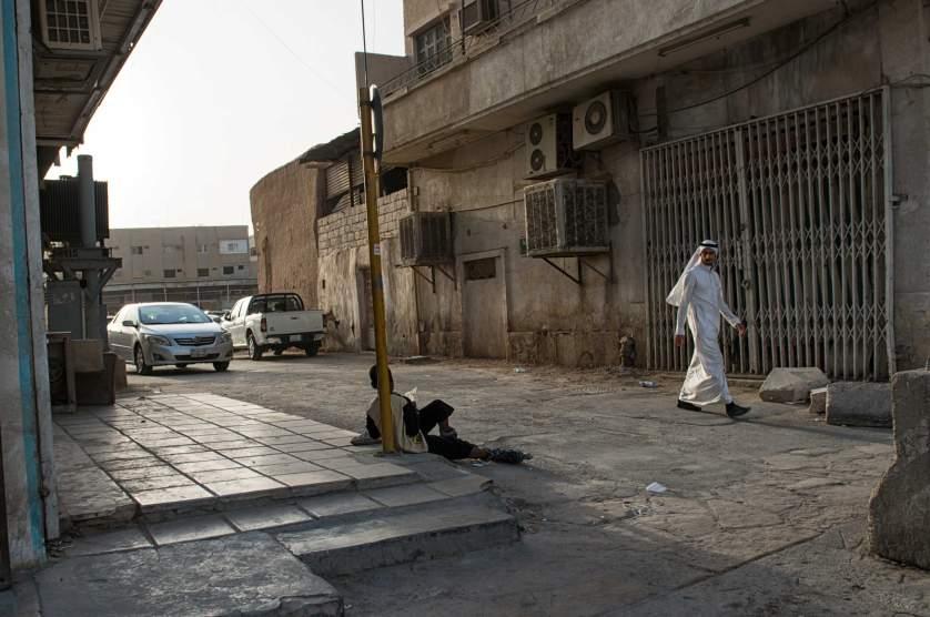 """Гледка от един """"заден двор"""" в Рияд."""
