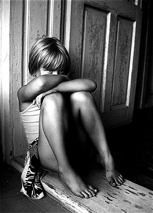 """""""Детството ми е някакъв друг живот, живян от друг човек. Аз на 13 години. Снимка: Мама""""."""