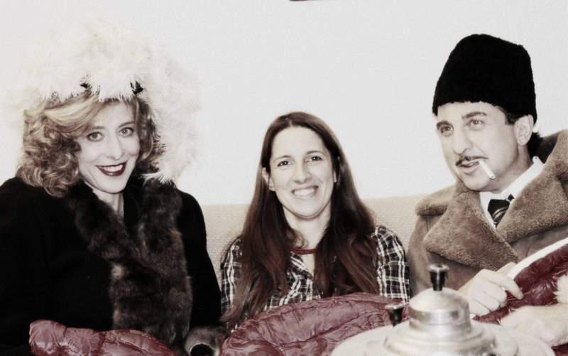 """С актьора Ксавие Базен и художничката по костюмите Лили Данчева по време на снимките на филма """"Ромен Гари. Книжарят""""."""