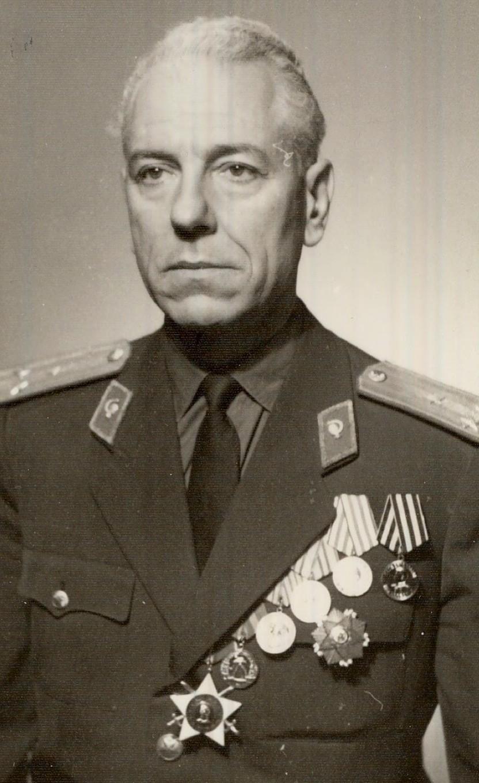 Проф. Генчо Кръстинов, един от бащите на кардиохирургията в България.
