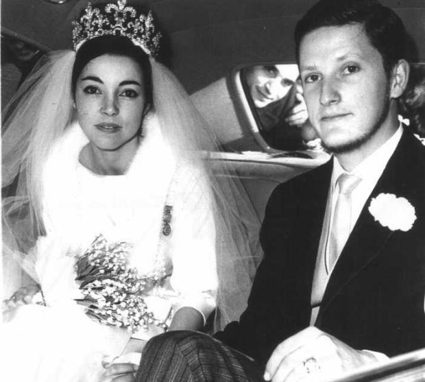 2. 20 януари 1962 г. Симеон и Маргарита току-що са се венчали в руската черква в швейцарското градче Веве.