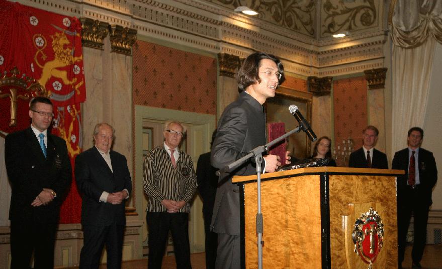 """Първа награда за Йордан Камджалов на международния конкурс за диригенти """"Йорма Панула"""", 2009 г."""