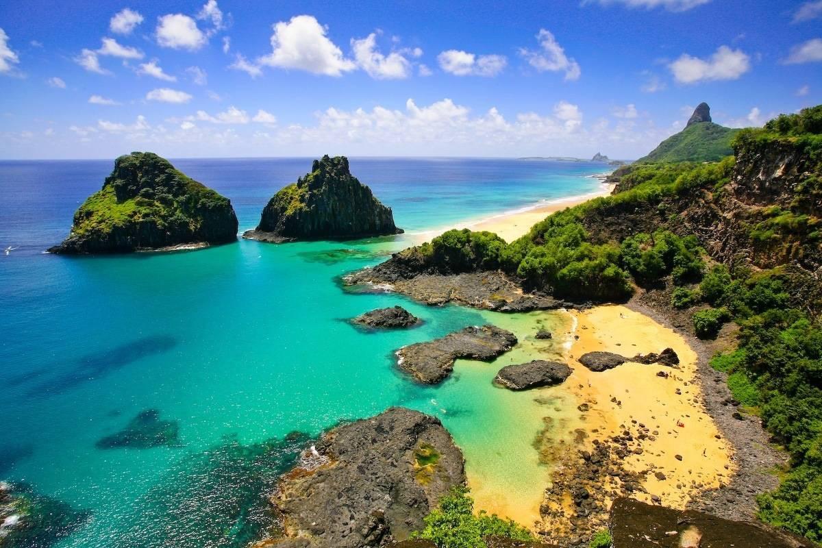 """Фернандо ди Нороня за втори път печели класацията на """"Трип адвайзър"""" за най-красив плаж в света."""
