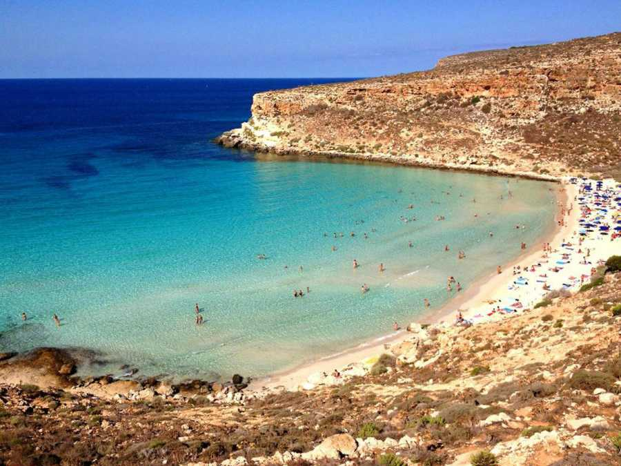 014-rabbit-beach-lampedusa-italy