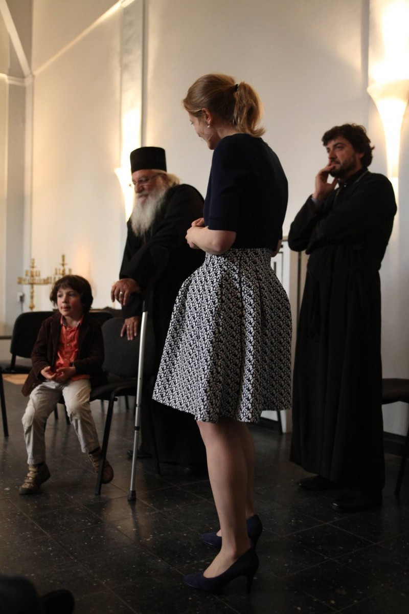 Отец Иван беше посрещнат като най-скъп гост в българската православна община в Хамбург.