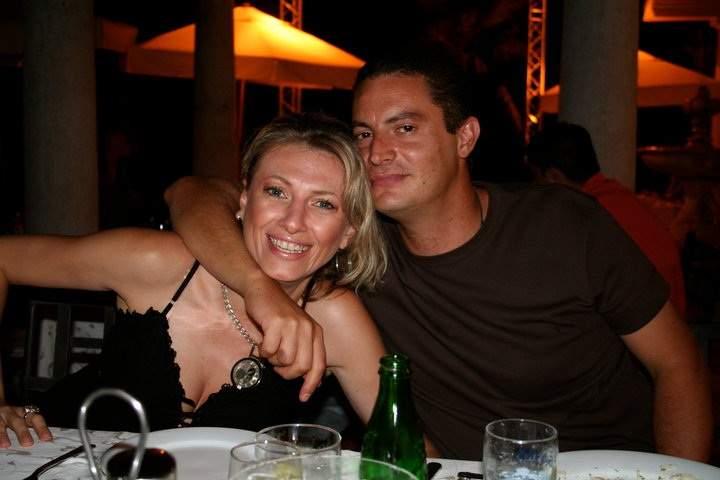 Със съпруга си Лука.