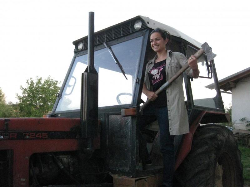 ... и на трактор - невероятно усещане.