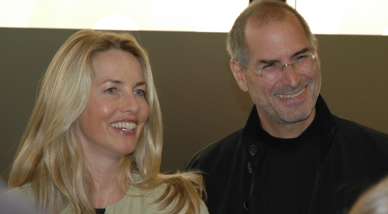 """""""Стив би бил щастлив, ако проектът ми успее. Правя го в негова памет"""", казва Лорийн Джобс."""