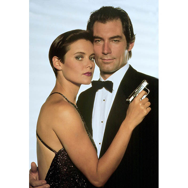 CAREY LOWELL & TIMOTHY DALTON JAMES BOND: LICENCE TO KILL 01/05/1989 CTC7514