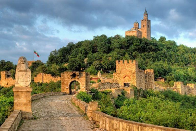 Крепостта-Царевец
