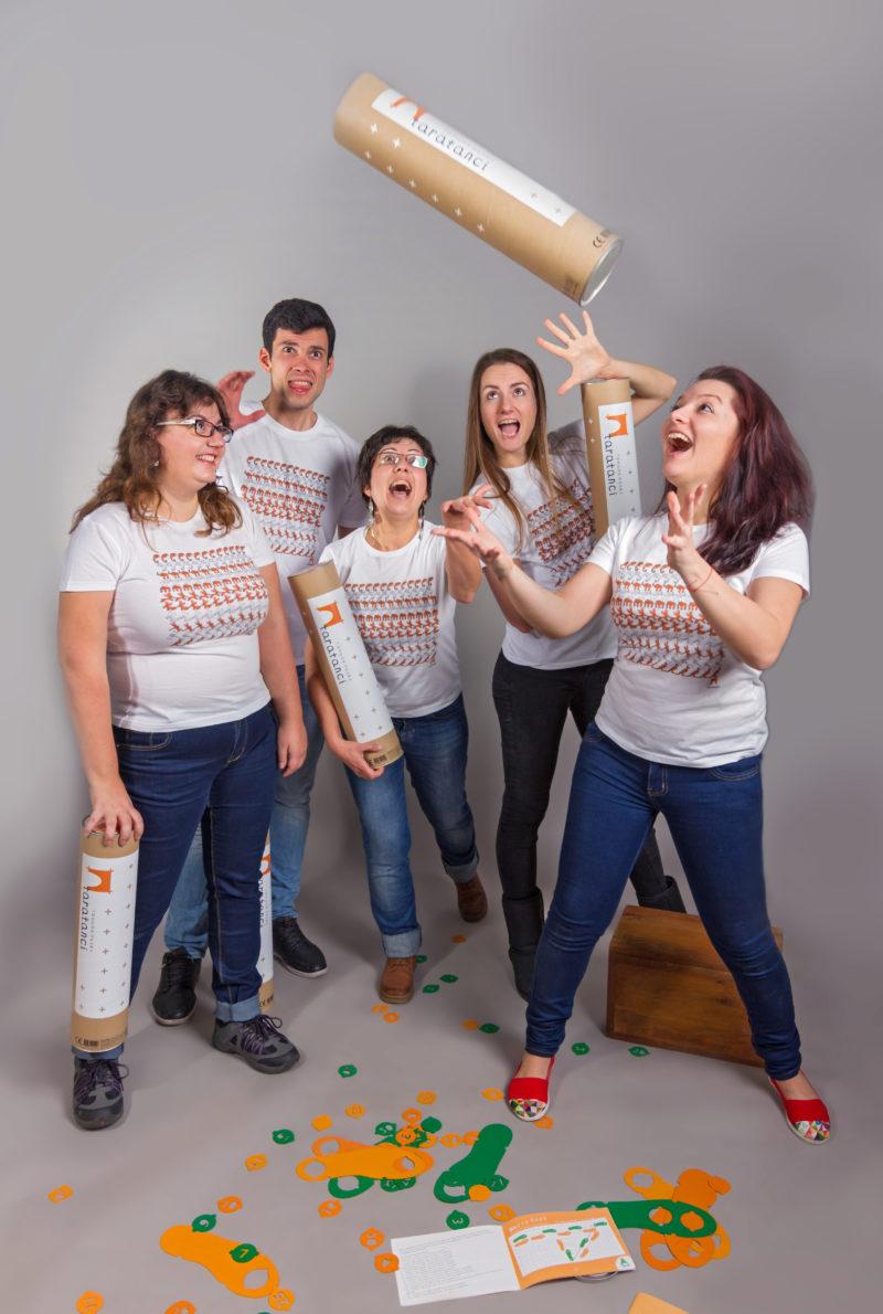"""Проактивният екип на """"Таратанци"""" - енергични креативни хора, винаги пълни с идеи."""